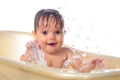 Baby-2Bin-2Btub-2B-2Bistock-2B-2B-2B500-25283-2529.jpg